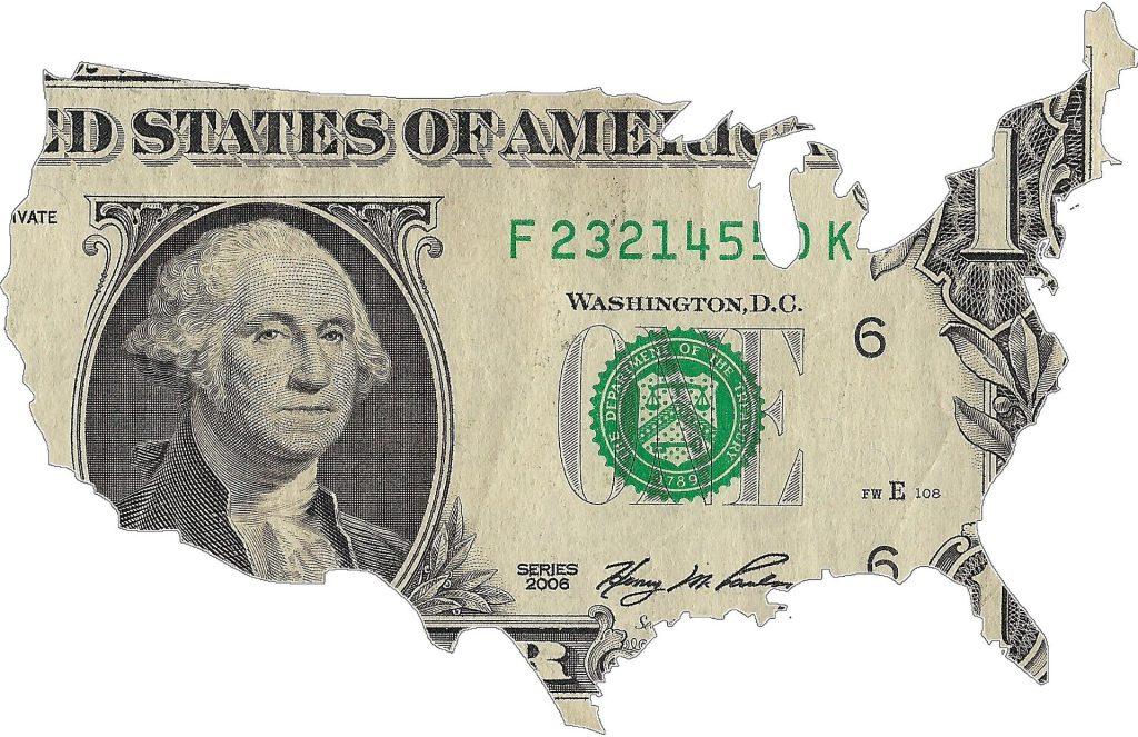 Вкладчики снова стали забирать валюту из Сбербанка